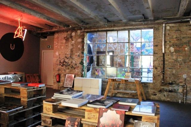 """Urban Spree: i linguaggi """"urban"""" dell'arte si incontrano in un complesso post-industriale"""